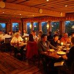 Sittning i Buustamons restaurang