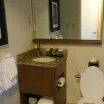 minimum counter space in bathroom