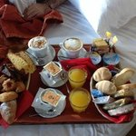 la colazione in camera....