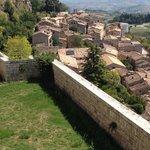 Vista su Civitella durante la passeggiata sulla Fortezza