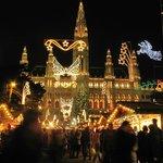 Рождественская ярмарка у Ратуши