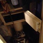 Broken room safe