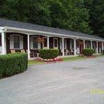 Motel in Back