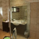 Spacious well-appointed bathroom with separate bath