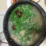 参鶏湯 2〜4人で食べられます。