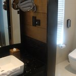 Spacious CR and seperate bath vanity
