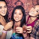 Pub Crawl Shanghai: 1 Hour Open Bar | Free Shots | Drink Deals | Club Entry | Party Bus