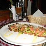 Bruschetta al Salmone Ahumado.