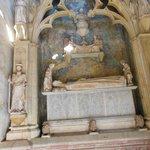 tomba Regina Elisenda