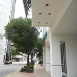 Courtyard Downtown Miami entrance and street view