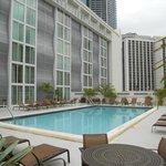 Courtyard Downtown Miami pool area