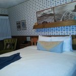 Very comfortable bed w/ charming old timey feel (decor)