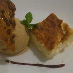 Tarta de queso con helado de turrón