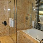 Radegast Lake View Hotel - Banheiro
