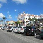 Main St Shops
