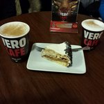 Cappuccino e torta fantastici