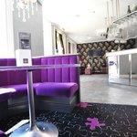 Zagatos Bar
