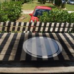 стол с встроенным барбекю
