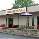 Rick's Pizza Pub has a great patio for outdoor seating.