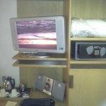 TV, stereo, safe