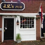 ‪JR's Past-Time Pub‬