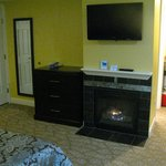 In-room gas fireplace