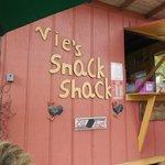 Vie's Snack Shack