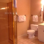 The Emerald Retreat bathroom on suite side