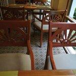 朝食会場などの家具調度品は旭日旗デザイン?だからか中国人も韓国人もみかけませんでした。