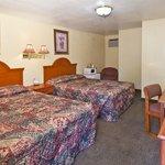 Boublebed Room