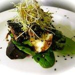 Sesame crusted seared Tuna Salad