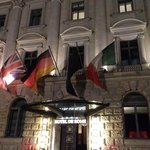Voorkant van het Hotel de Rome