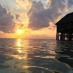 Un coucher de soleil type sur Kuredu Resort.