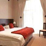 Room 2 / luxury room