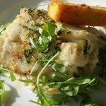 Lieu sur couscous de chou-fleur et frite de polenta