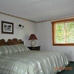 Motel King Room