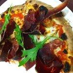 Pizza Leona