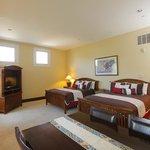Guest Suite 17