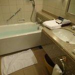 バスルーム。足が伸ばせます。