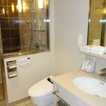 Premier Room (Bath room)