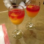 Mocktails on arrival (Sweet and Sour)