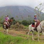 Randonnée au pied du volcan Arenal = extraordinaire
