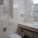 Bathroom, left view from the door