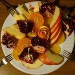 Yemekleri ve insanlari kadar meyve ikramları da pek şirince!