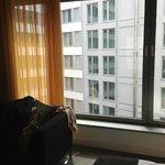 В номере громадные окна
