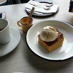 DECK Terraza Urbana: Corn cake with Vanilla ice cream