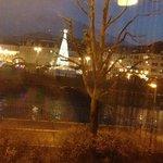 vista dei mercatini e del fiume dalla nostra camera