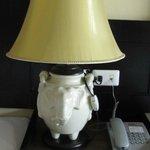 лампа в номере