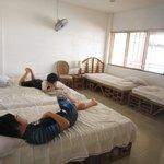高い確率でベッドから落ちる息子たちも3台くっつけたベッドで安心でした。