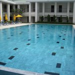 25-meter lap pool in the centre of the hotel